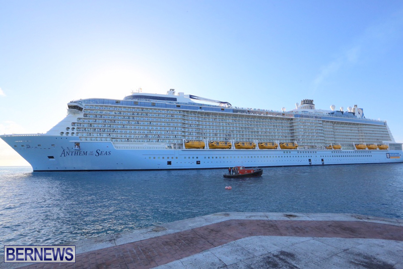 Anthem-of-Seas-cruise-ship-in-Bermuda-April-2016-9