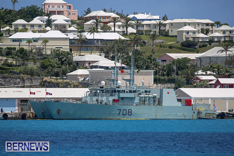 Canadian Navy HMCS Kingston 700 HMCS Moncton 708 Bermuda, May 16 2016 (2)