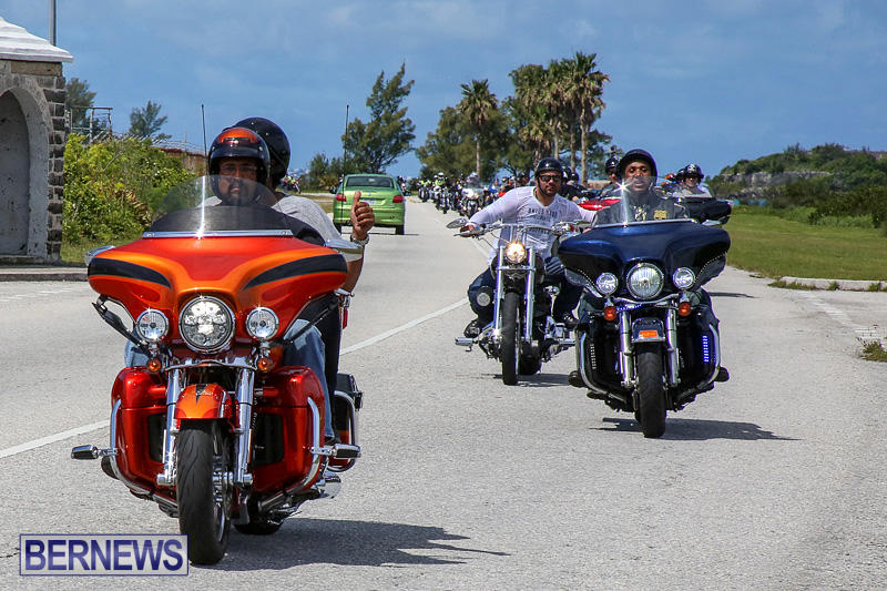 ETA-Motorcycle-Cruises-Bermuda-May-11-2016-6