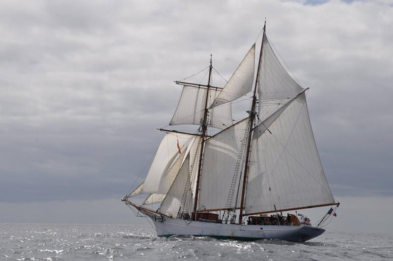Etoile schooner Bermuda May 6 2016
