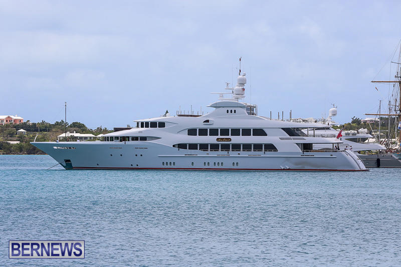 Mia-Elise-II-Super-Yacht-Bermuda-May-1-2016-002