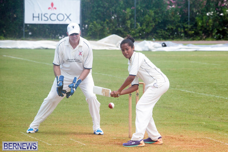 2016-Bermuda-Celebrity-cricket-June-GT-40