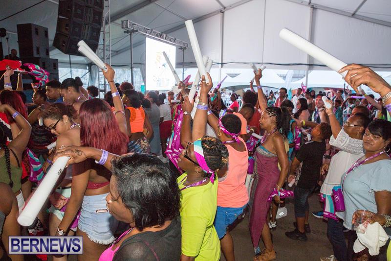 5-Star-Friday-Bermuda-Heroes-Weekend-Set-2-June-17-2016-27