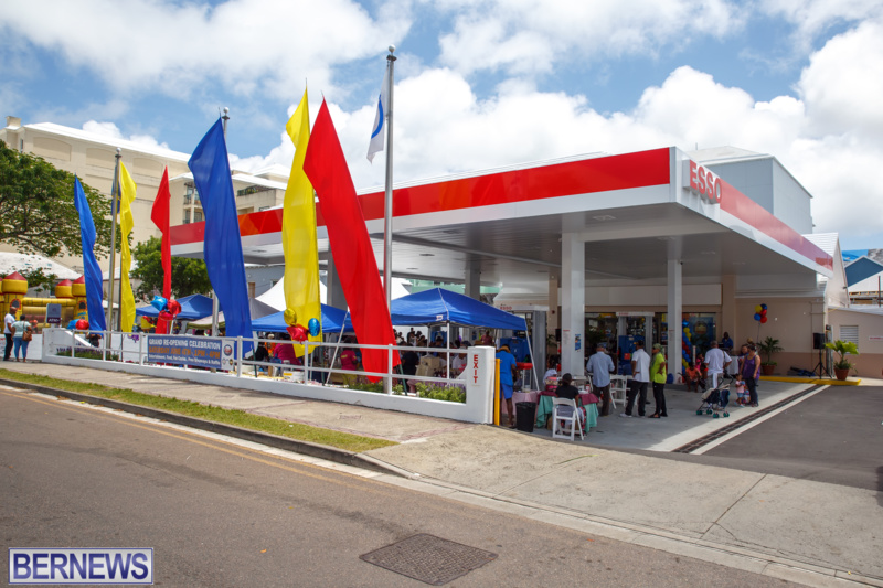 BIU-Gas-Station-reopening-June-2016-Bermuda-GT-1