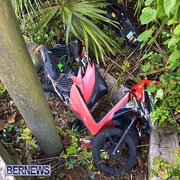 Collision Paget Bermuda, June 11 2016-5