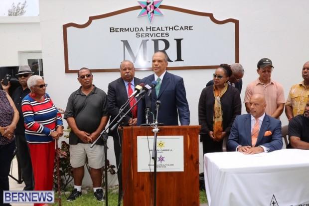 Dr Ewart Brown press conference June 16 2016 (2)