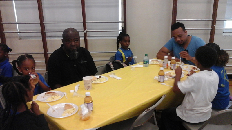 Fathers-Day-Breakfast-St.-Davids-Primary-Bermuda-June-17-2016-9