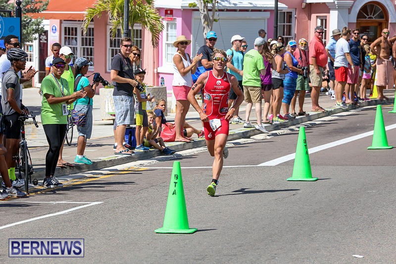 Tokio-Millennium-Re-Triathlon-Run-Bermuda-June-12-2016-1