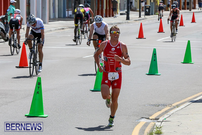 Tokio-Millennium-Re-Triathlon-Run-Bermuda-June-12-2016-12