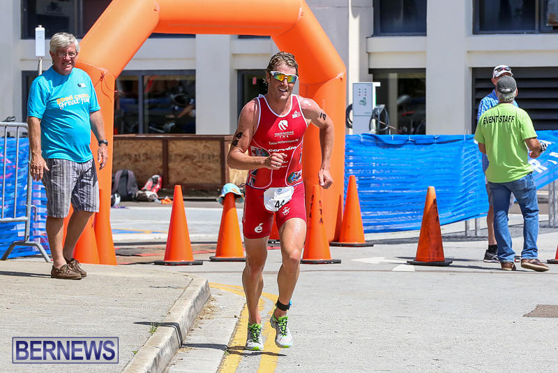 Tokio-Millennium-Re-Triathlon-Run-Bermuda-June-12-2016-68