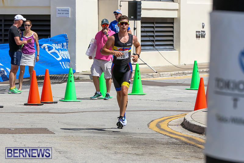 Tokio-Millennium-Re-Triathlon-Run-Bermuda-June-12-2016-82