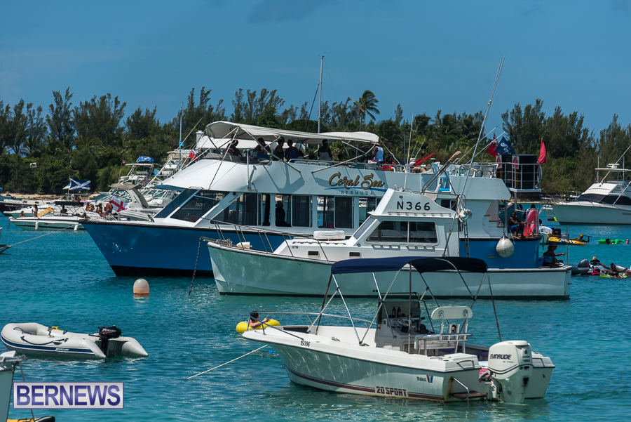 2016-Non-Mariners-Race-Bermuda-58