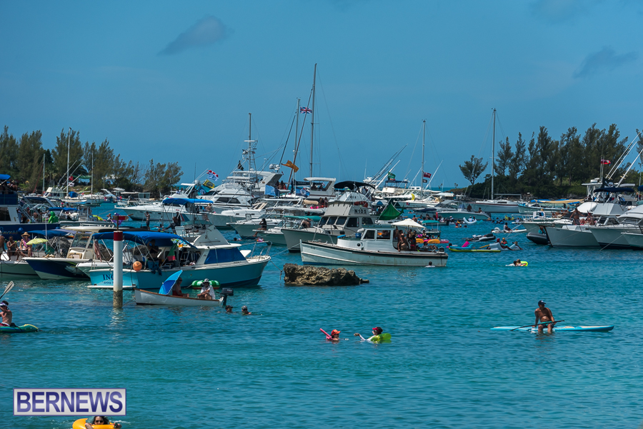 2016-Non-Mariners-Race-Bermuda-92