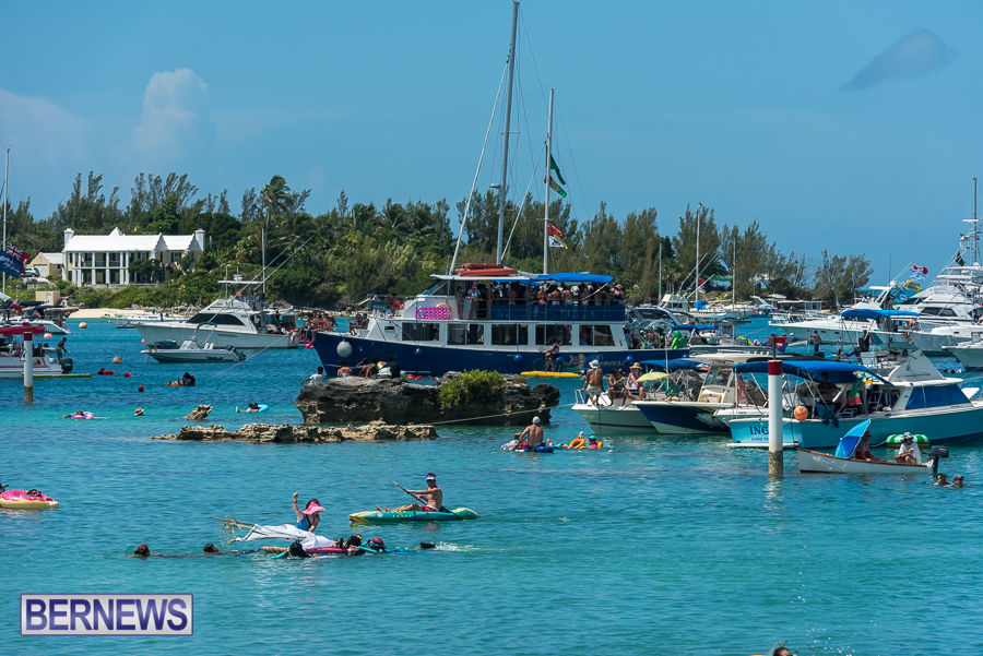 2016-Non-Mariners-Race-Bermuda-93