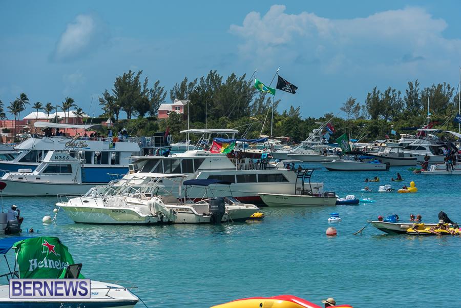 2016-Non-Mariners-Race-Bermuda-94
