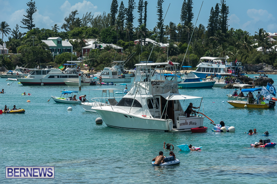 2016-Non-Mariners-Race-Bermuda-99
