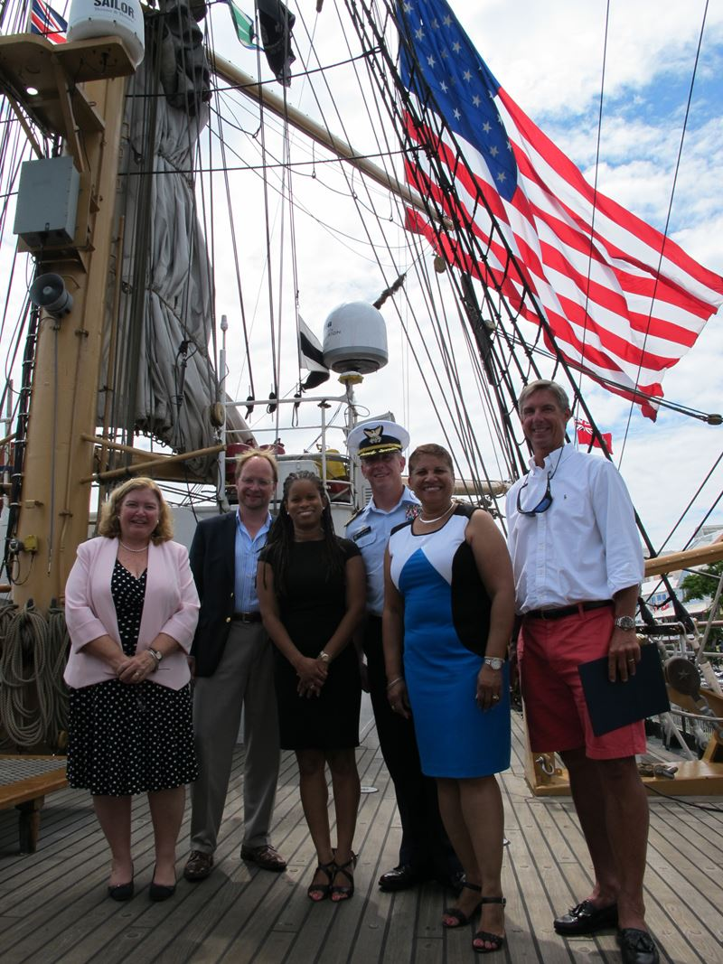 US Consulate Recognizes Shipping Companies - Bernews
