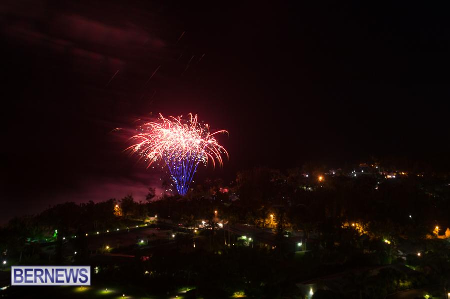 Bermuda-July-4th-fireworks-2016-JM-16