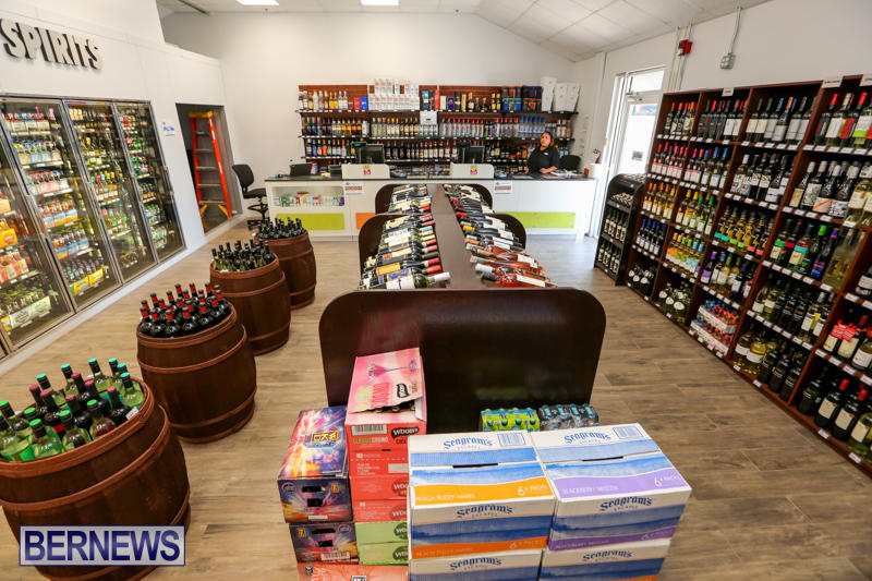 Haywards-Liquor-Store-Bermuda-July-9-2016-12