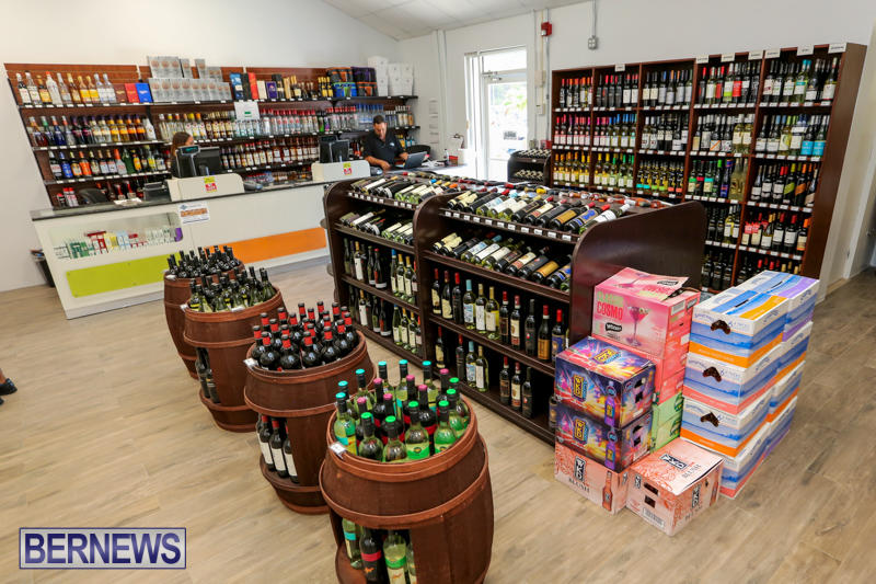 Haywards-Liquor-Store-Bermuda-July-9-2016-3
