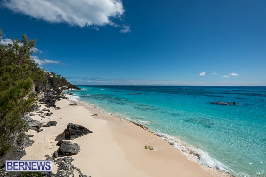 413 South Shore Summer Day Bermuda Generic August 2016