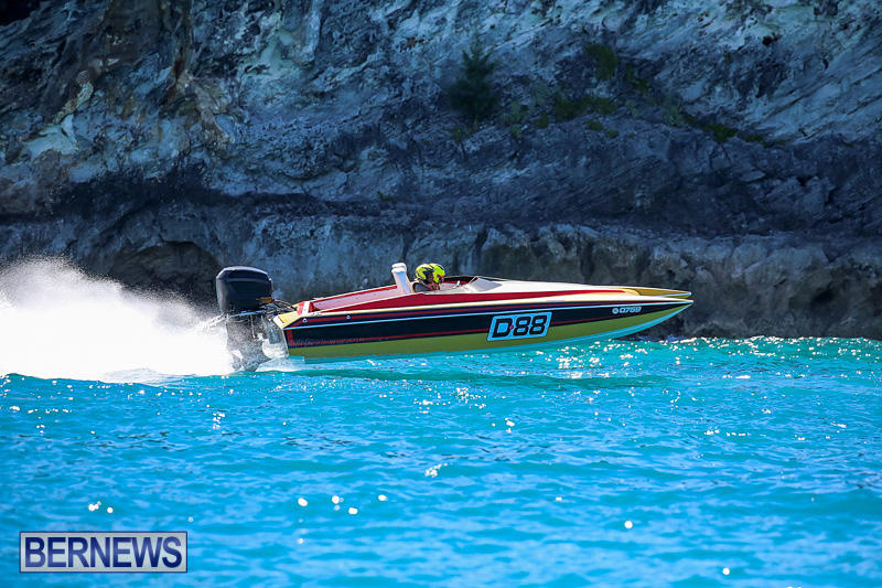Around-The-Island-Power-Boat-Race-Bermuda-August-14-2016-235