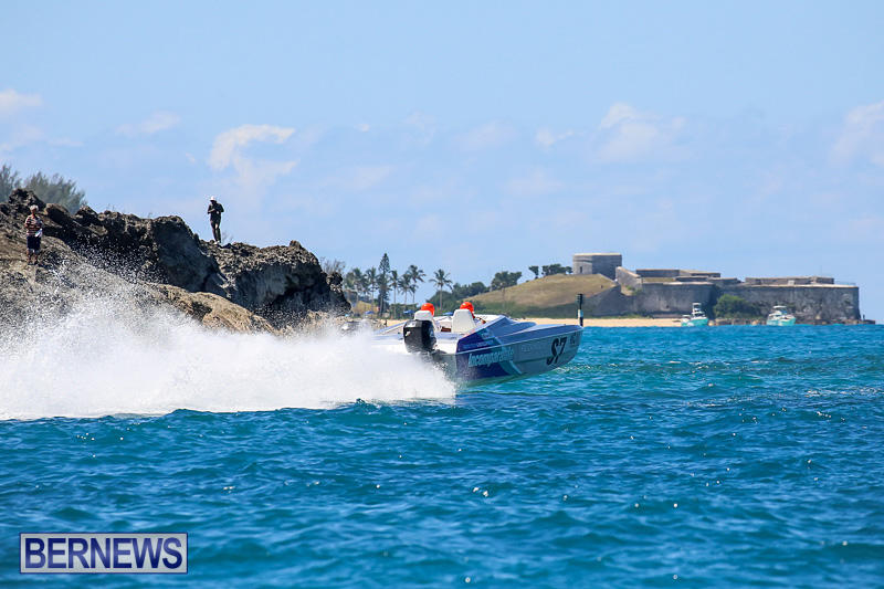 Around-The-Island-Power-Boat-Race-Bermuda-August-14-2016-257