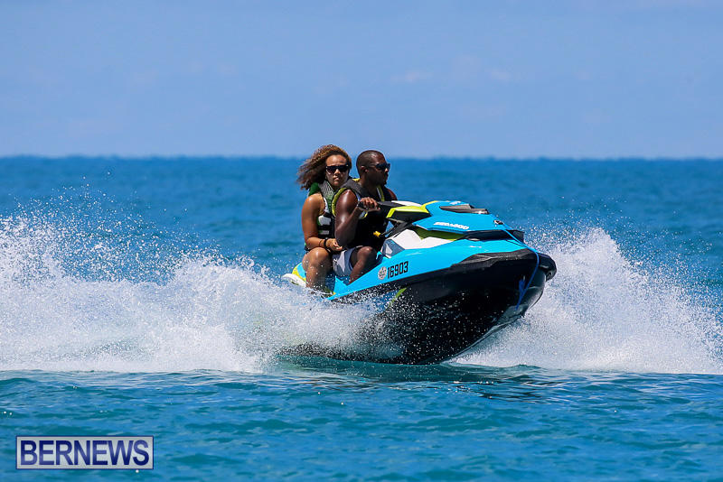 Around-The-Island-Powerboat-Race-Bermuda-August-14-2016-26