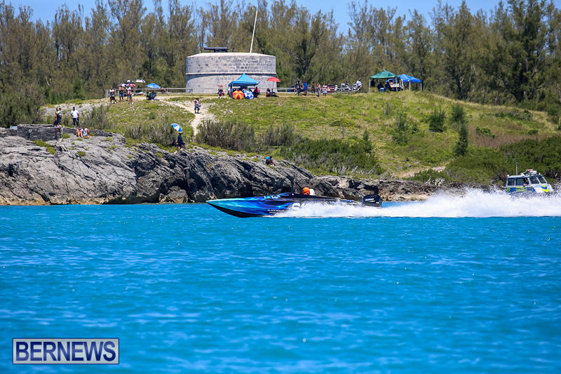 Around-The-Island-Powerboat-Race-Bermuda-August-14-2016-37