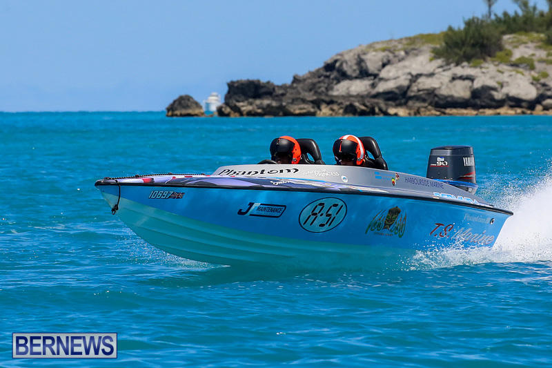Around-The-Island-Powerboat-Race-Bermuda-August-14-2016-54