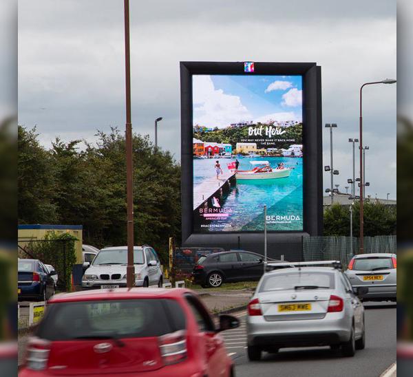 Bermuda digital roadside in UK August 2016