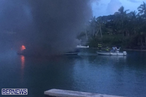 Boat Fire In Sandys Bermuda August 21 2016  (3)