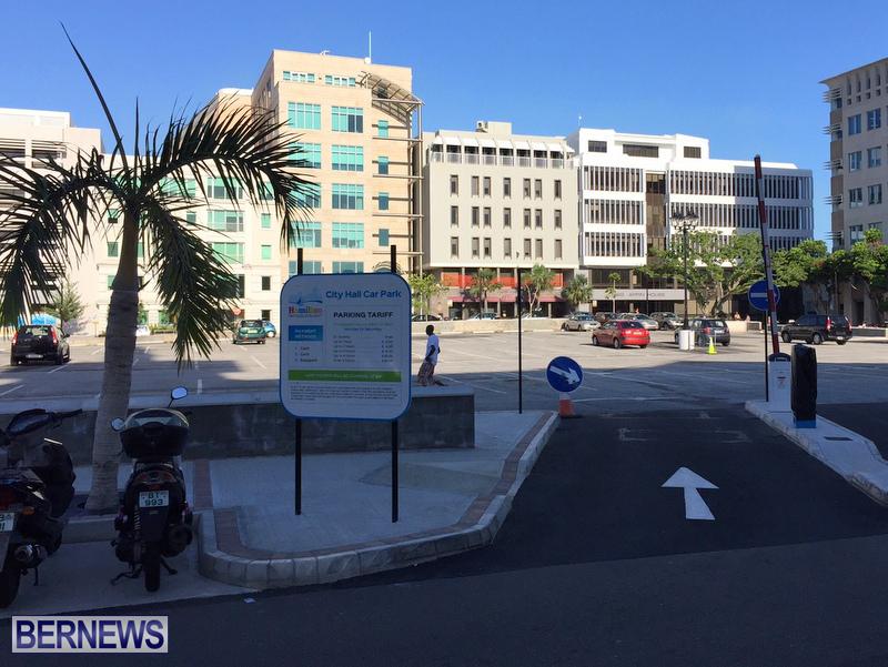 City Hall Car Park Pay Signs Bermuda August 2016 (3)