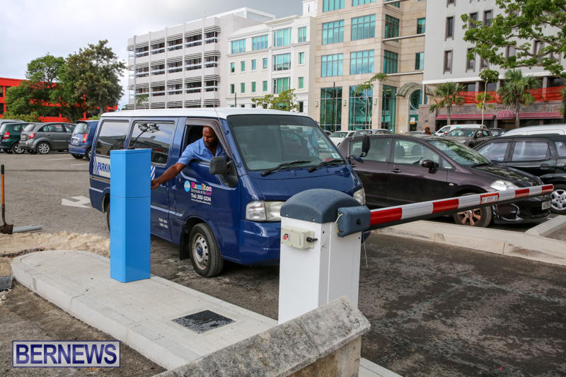 City-Hall-Parking-Lot-Bermuda-August-16-2016-13