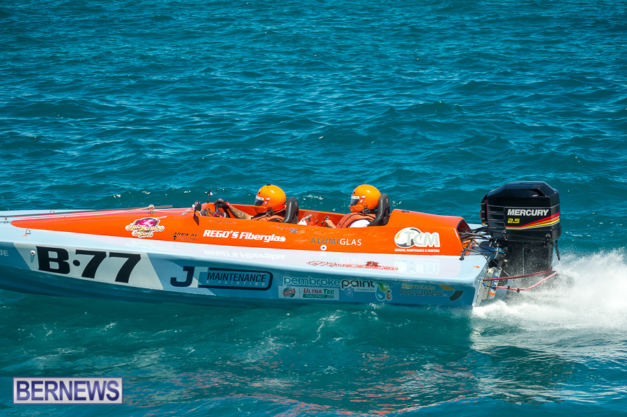 JM-2016-Around-the-Island-powerboat-race-105