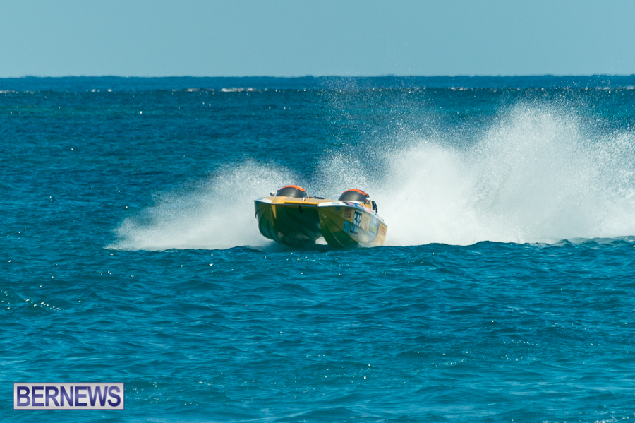 JM-2016-Around-the-Island-powerboat-race-108