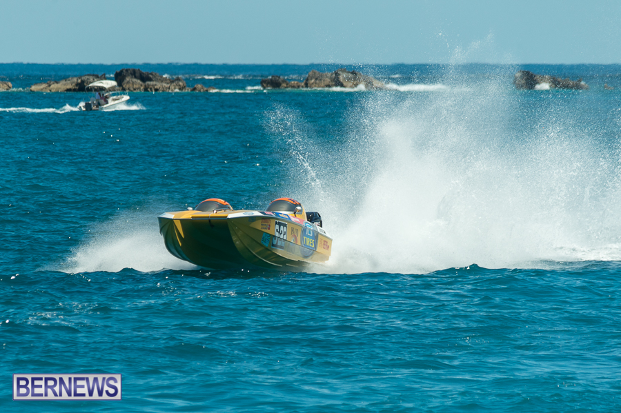 JM-2016-Around-the-Island-powerboat-race-116