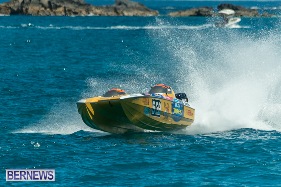 JM-2016-Around-the-Island-powerboat-race-118