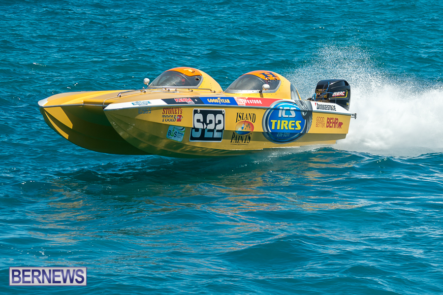 JM-2016-Around-the-Island-powerboat-race-127