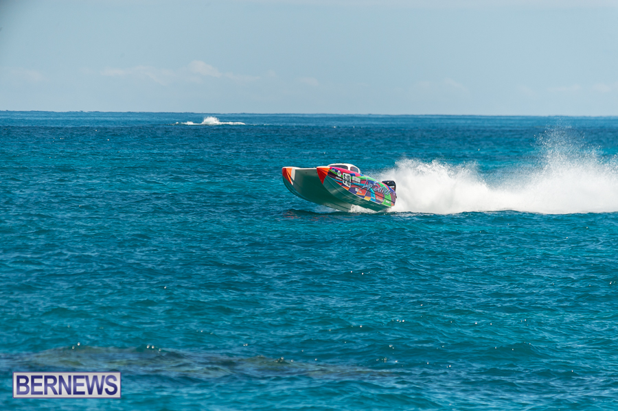 JM-2016-Around-the-Island-powerboat-race-138