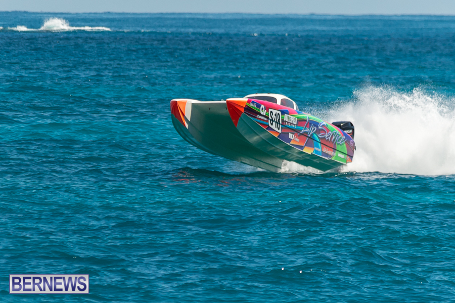 JM-2016-Around-the-Island-powerboat-race-139
