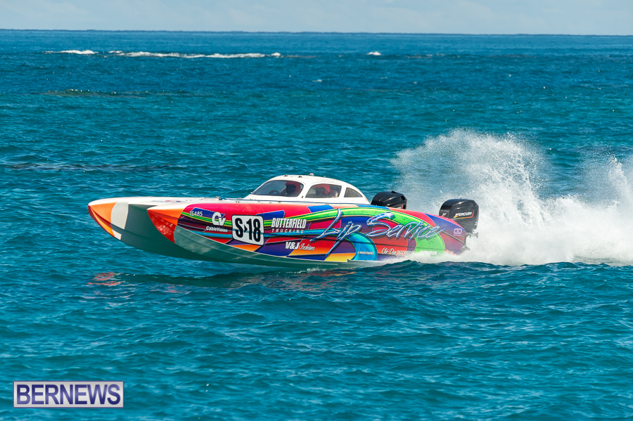 JM-2016-Around-the-Island-powerboat-race-151