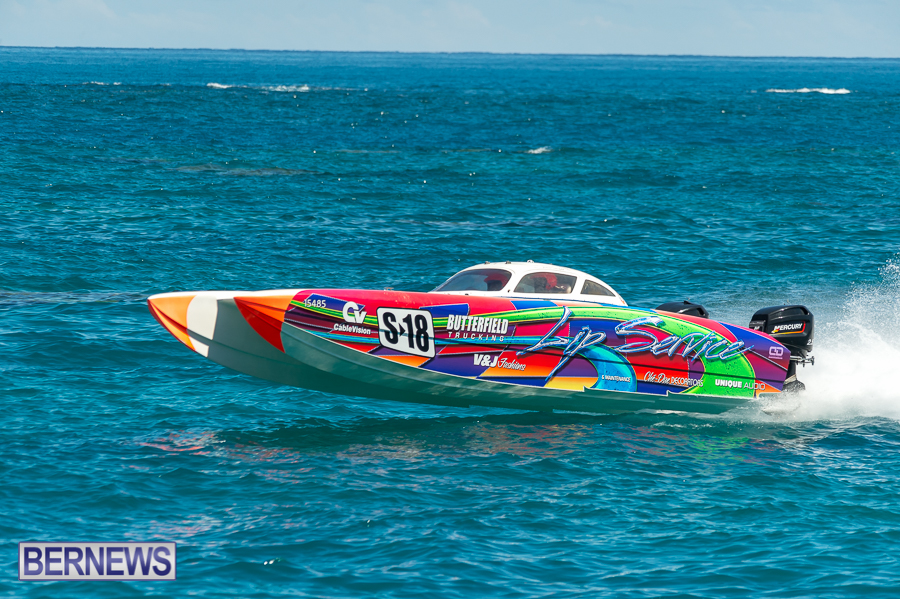 JM-2016-Around-the-Island-powerboat-race-156