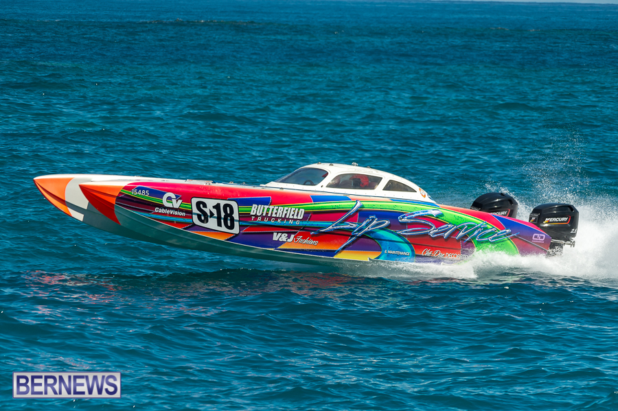 JM-2016-Around-the-Island-powerboat-race-157
