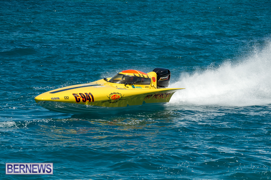 JM-2016-Around-the-Island-powerboat-race-16