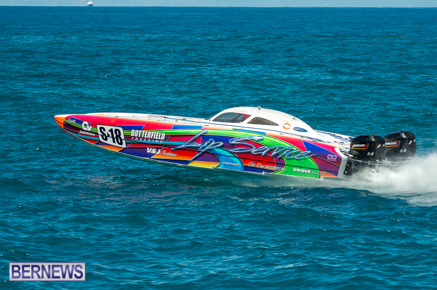 JM-2016-Around-the-Island-powerboat-race-166