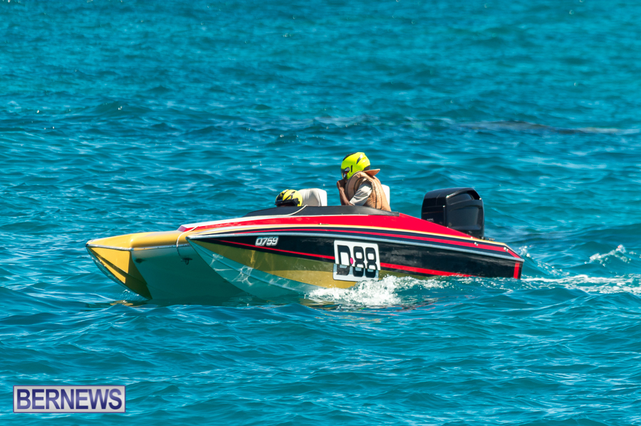 JM-2016-Around-the-Island-powerboat-race-170