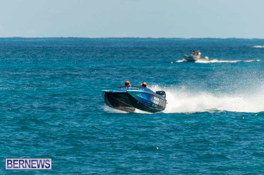 JM-2016-Around-the-Island-powerboat-race-172