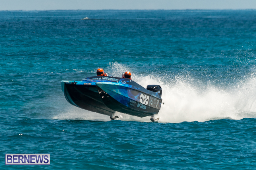 JM-2016-Around-the-Island-powerboat-race-175