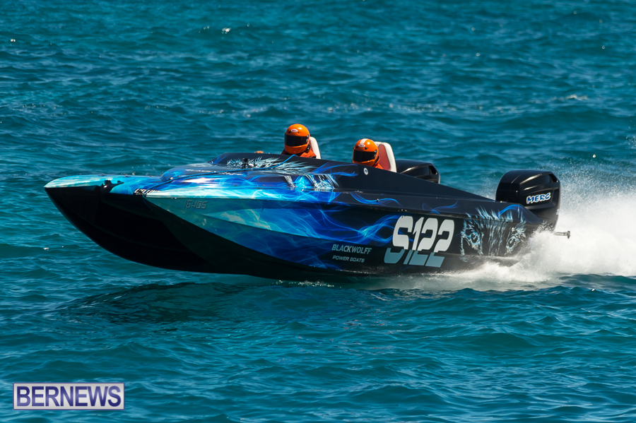 JM-2016-Around-the-Island-powerboat-race-180